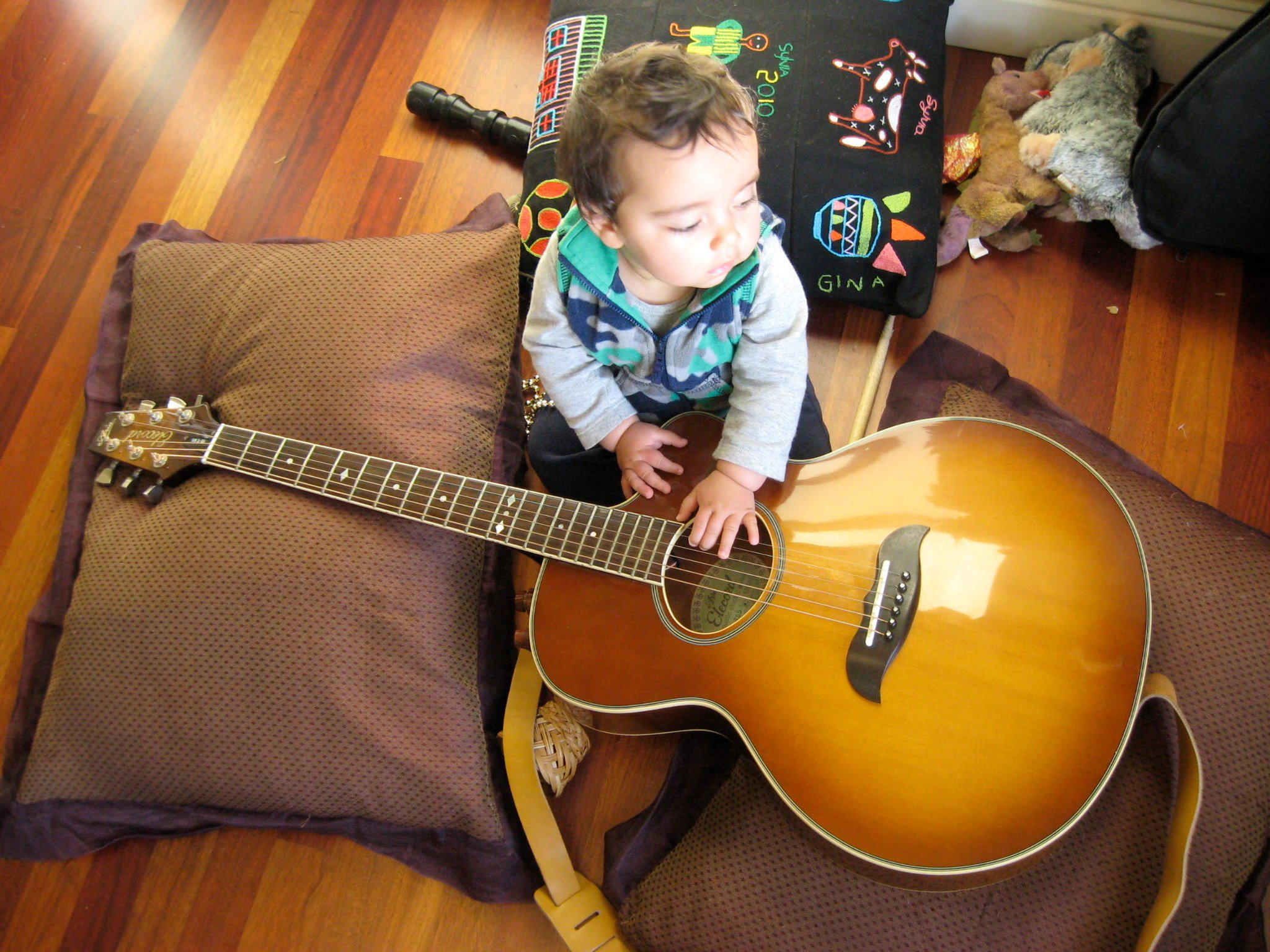 Luc with guitar